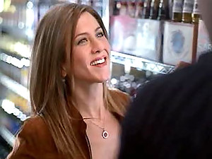Alluring Jeniffer Aniston getting naked and does a hot bed scene